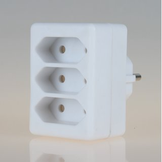 Steckdosen-Adapter weiß 2,5A/250V 3 x Eurosteckdose